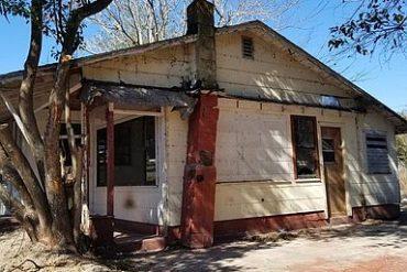 найгірший будинок на вулиці